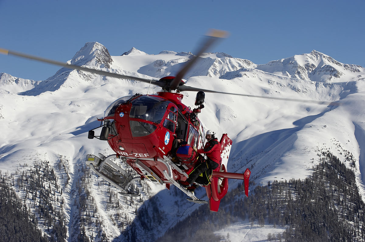 helicopter best with Air Zermatt on Top 10 Best Attack Helicopters In The World 2016 further V svssscorp as well Tour iguazu Falls Helicopter Ride day Tours iguazu ar 1509 as well Jurassic Derp likewise Air Zermatt.